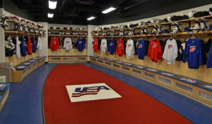 01_usa_hockey_locker-rm-wide